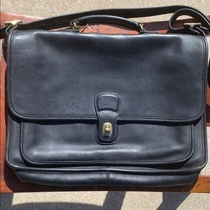 Vintage K9n5180 Coach messenger/ laptop, briefcase